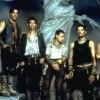 Rammstein un groupe de métal mondialement connu, un groupe que beaucoup de personnes aiment entendre, leur dernier album «Rosenrot» (album studio) et «Volkerball» (album live et DVD ), puis l'album...