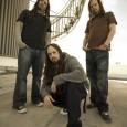 Au départ «Korn III» devait être un album concept mais finalement il ne sera pas ( c'est peut-être pas plus mal) et il reviendra même aux racines du groupe avec...