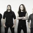 Trivium vient de publier sur Facebook une vidéo de 3mn de la tournée et nous avons le droit ici à la reprise de «Slave New World» de de Sepultura.