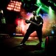 Triste nouvelle pour la scène métal, le bassiste du groupe Slipknot, Paul Gray, a été trouvé mort à 10h50 lundi 24 Mai dans sa chambre d'hôtel par un des employés...