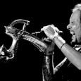 Korn nous offre sur sa page Facebook de nouvelles photos live de leur tournée aux USA. En voici quelques unes dans cet article (en passant la souris sur les images,...