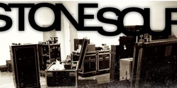 Lors de leur dernier concert en Europe pour leur tournée de cette année, Stone Sour nous offre une vidéo live enregistrée en Roumanie. Roy Mayorga (Batterie) parle de cette vidéo...