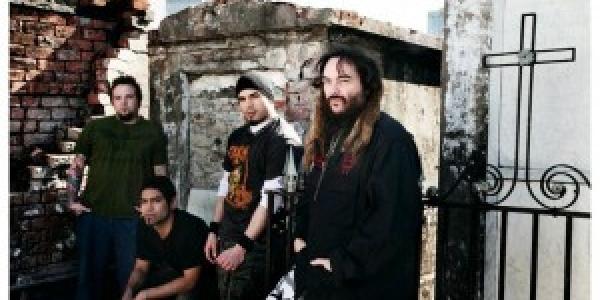 Soulfly commence a préparer un nouvel album qui devrait sortir en début 2012 chez RoadRunner Records. Le groupe est donc actuellement en studio à Phoenix (Arizona) Celui ci sera produit...