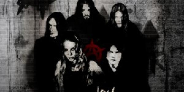 Le titre «Blood-Stained Cross» du nouvel album d'Arch Enemy nommé «Khaos Legions» est maintenant disponible en écoute gratuite. Je vous rappelle que cet album sera dans les bacs le 30...