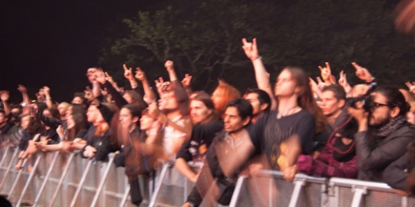 Si les live reports du Hellfest 2011 (ICI, ICI et ICI) ne vous on pas satisfaits, vous pouvez trouver un grand nombre de vidéos sur arte. Sinon, plus simple, vous...
